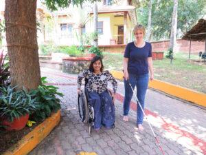 Amrita und Sabriye auf dem kanthari Campus