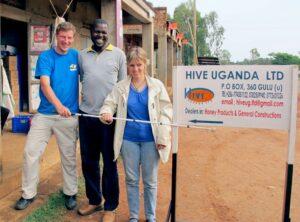 Paul, Ojok und Sabriye in Uganda